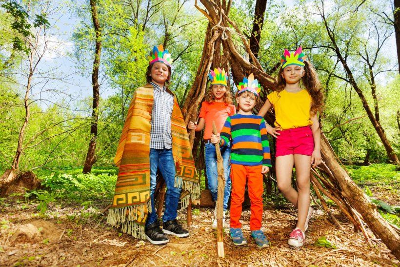 Colonie de vacances dans la forêt